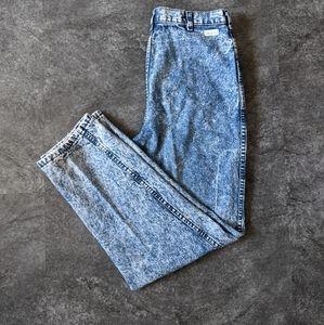 Vintage high rise acid wash strait leg mom jeans